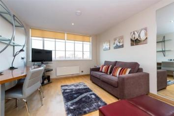 1 Studio at   Old Brompton Road