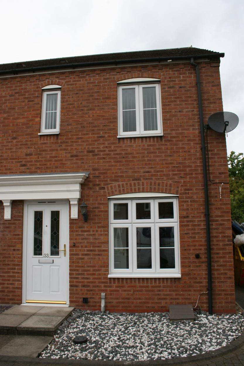 Master room in 2 Bedrooms Semi Detached House,