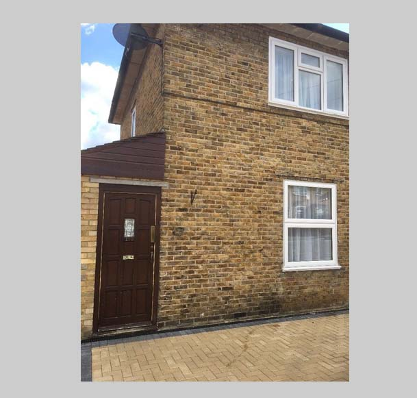 Two bed room end terraced house for rent